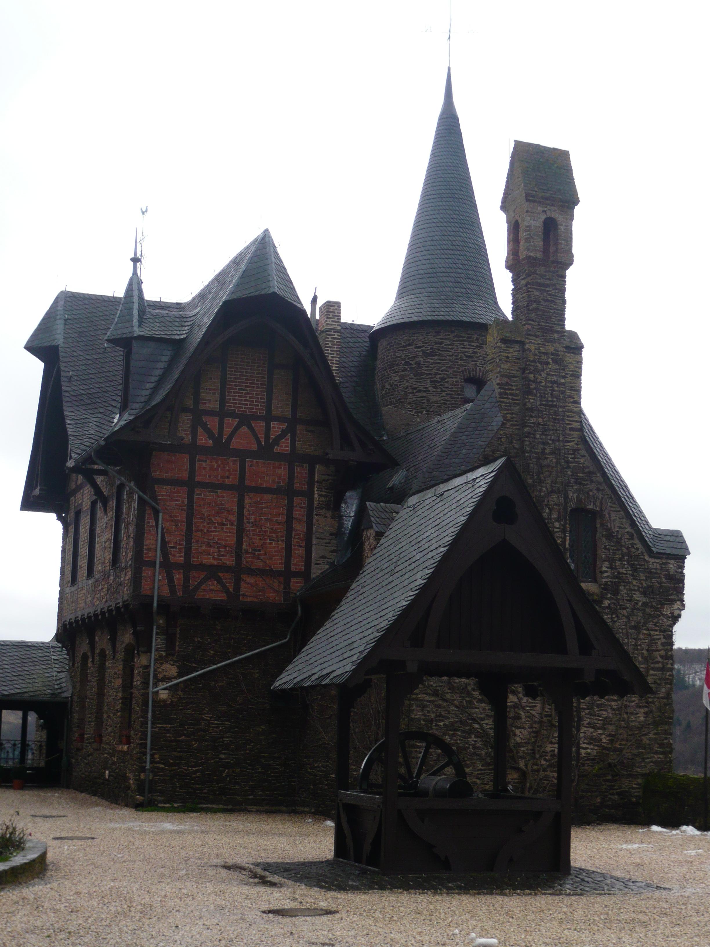 Reichsburg Cochem - binnenplaats