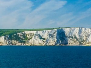 Dover- metd e bot naar Londen