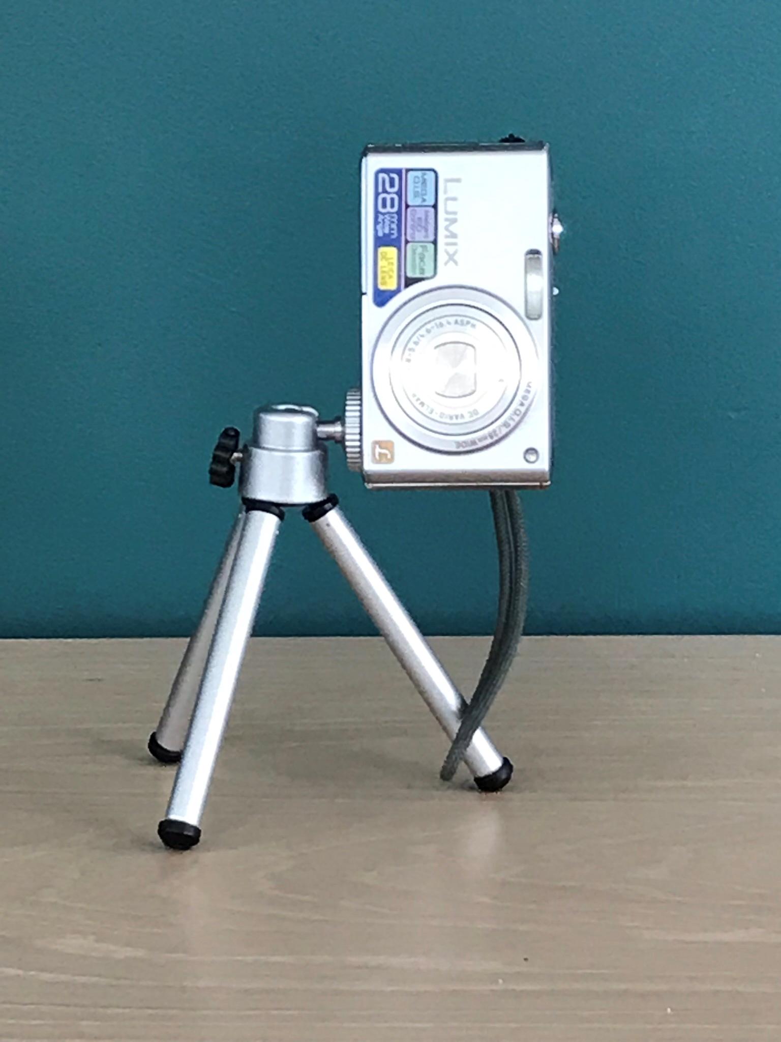 Mini tripod -digitale camera
