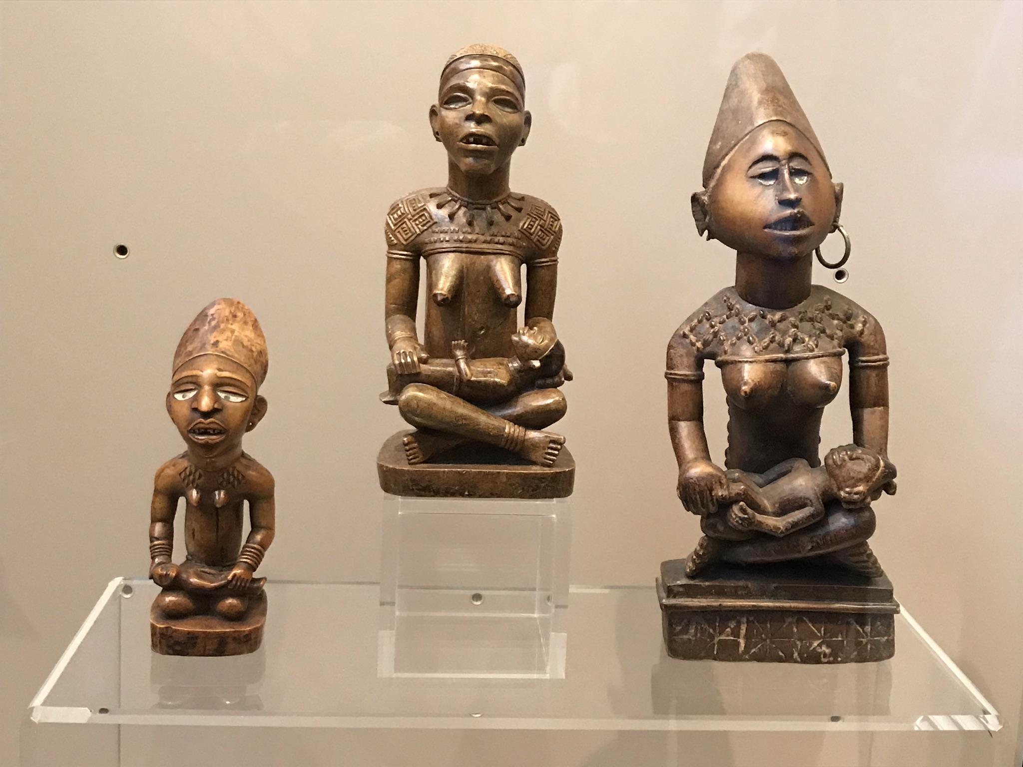 KMMA - AfricaMuseum - beeldjes