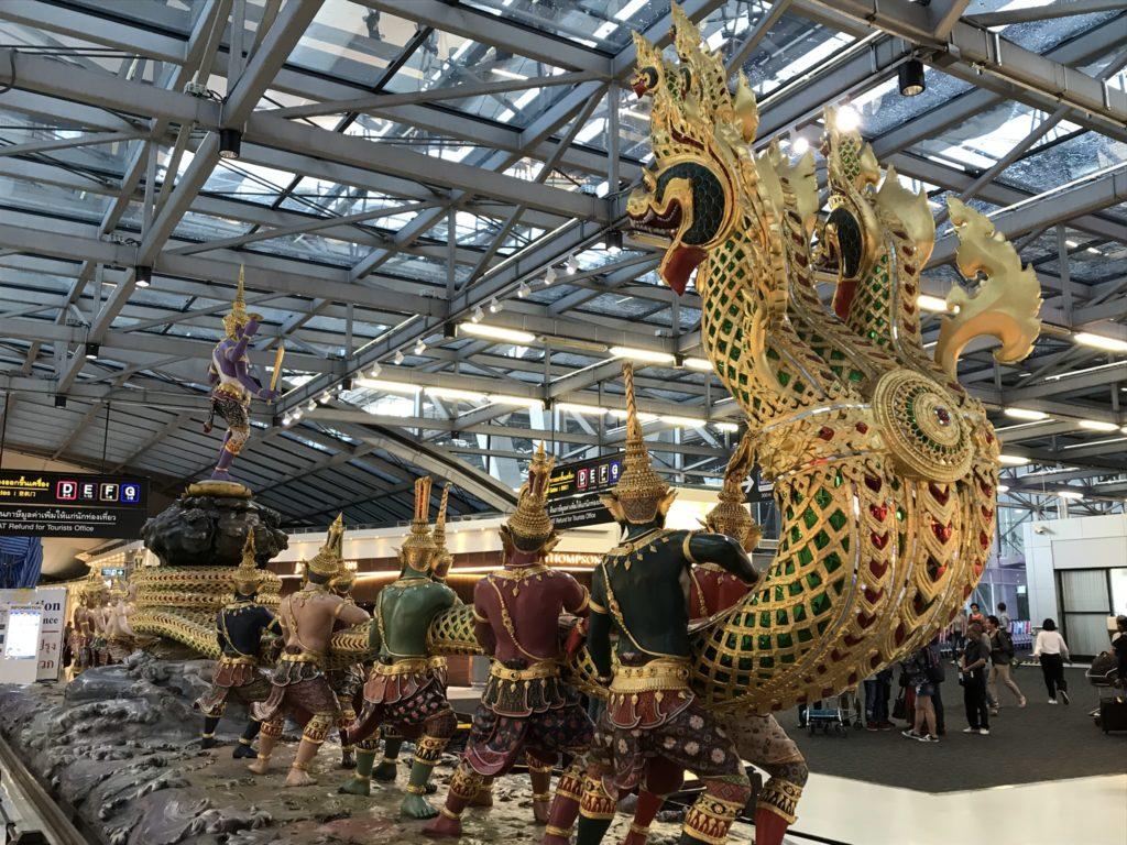 Kunst op de luchthaven van Bangkok