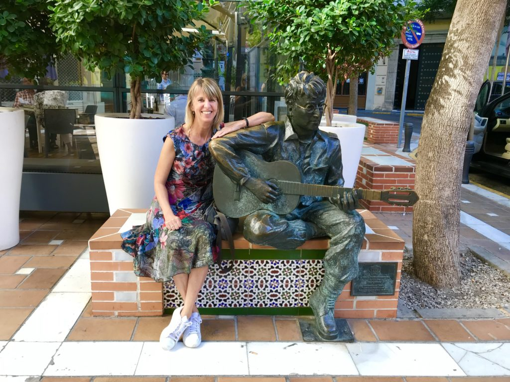 Standbeeld van John Lennon in Almería
