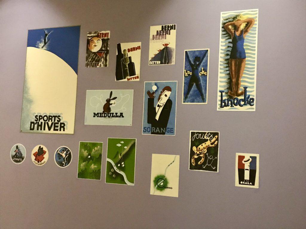 Reclame-affiches in het Hergémuseum
